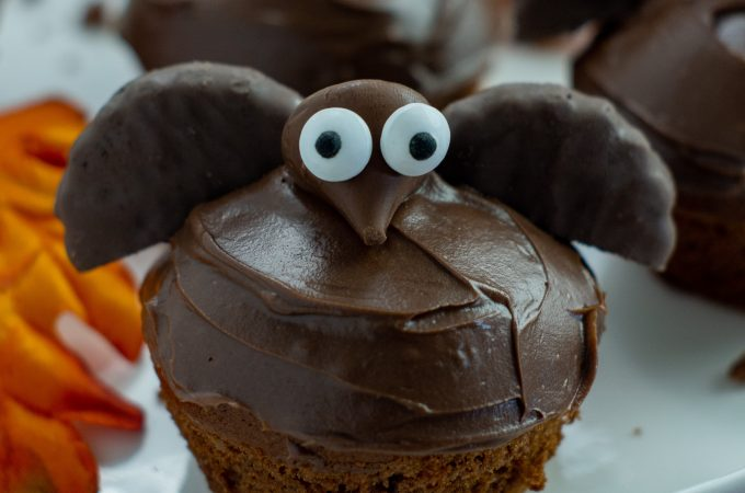 Do you want a delicious and spooky treat just in time for Halloween? Making these Semi-Homemade Bat Cupcakes for Halloween is a fun and creative way to make memories with the kids.