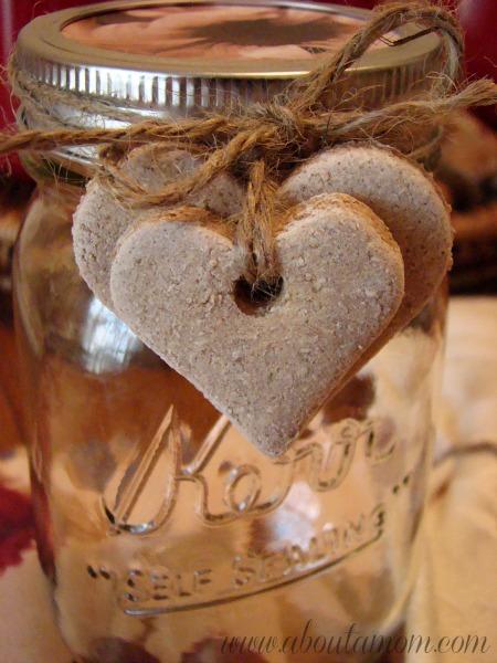 Homemade Christmas Ornaments Dough Cinnamon : Cinnamon salt dough hearts