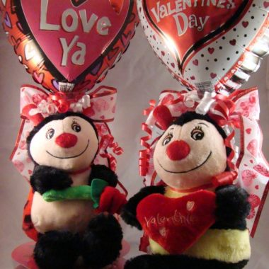 DIY Valentine Candy and Balloon Arragement