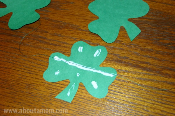 How to Make Shamrock Paper Garland