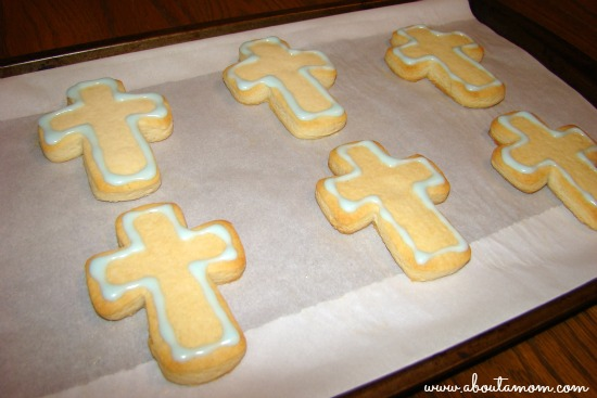 How to Flood Cookies with Royal Icing