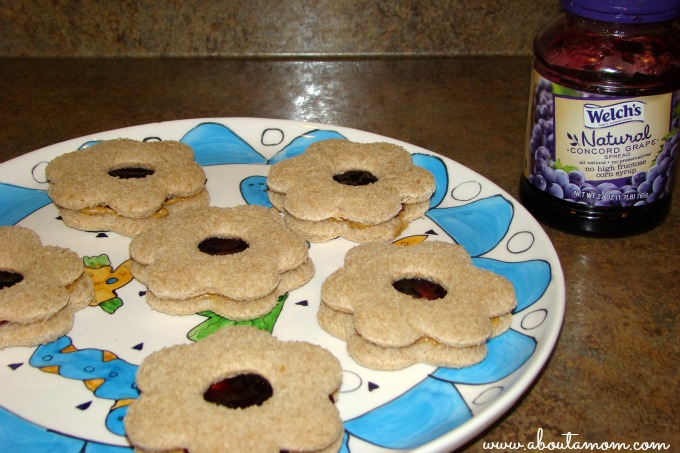 Spring Flower Peanut Butter and Jelly Sandwiches featuring Welch's All Natural Grape Jelly #PBJyourway