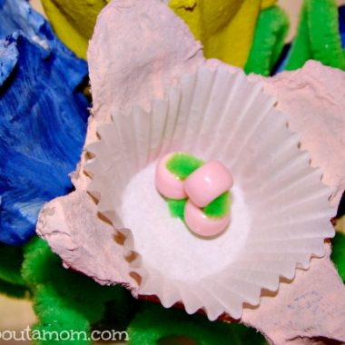 Mother's Day Egg Carton Flower Bouquet Craft for Kids