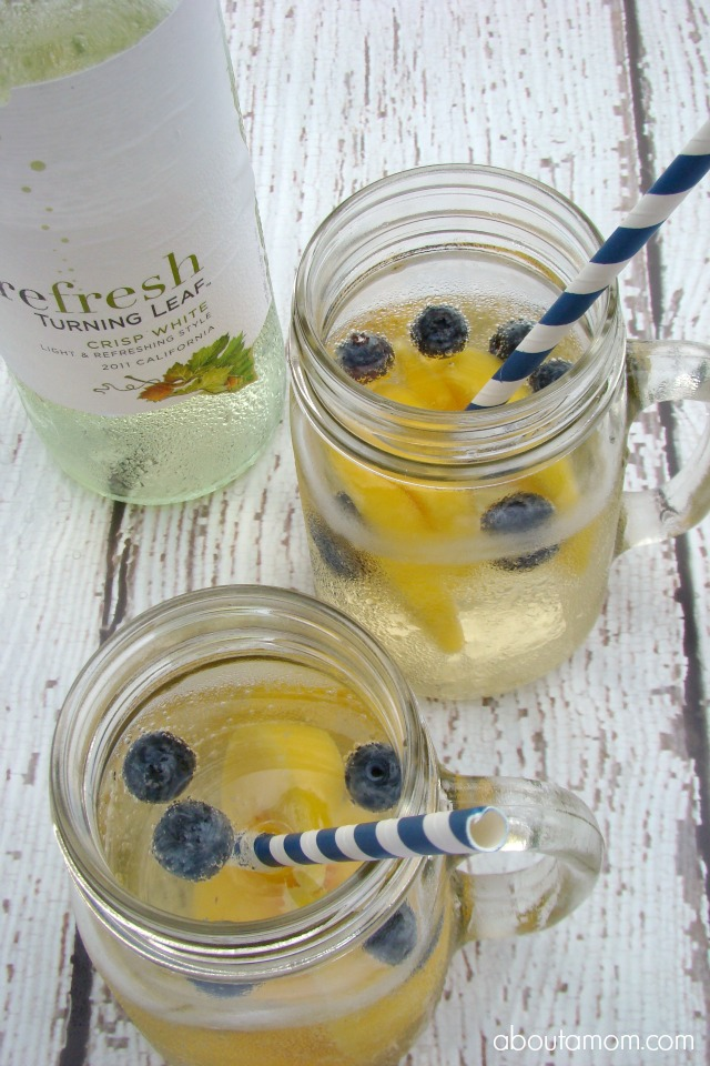 Turning Leaf Refresh White Wine Spritzers with Peach ...