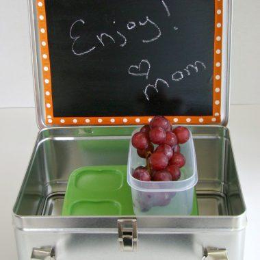 DIY Chalkboard Lunch Box
