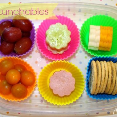 Need back to school lunch inspiration? You'll love these easy bento lunch ideas for kids! These DIY Lunchables bento boxes are a fun and nutritious back to school lunch idea.