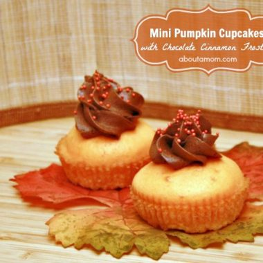 Mini Pumpkin Cupcakes with Chocolate Cinnamon Frosting