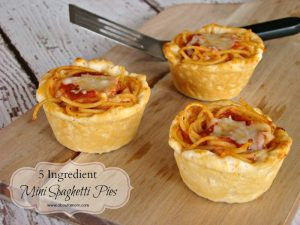 Make mealtime fun with this delicious 5 ingredient recipe for Mini Spaghetti Pies.