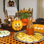 Halloween Party and Decorating Ideas #HalloweenHangout