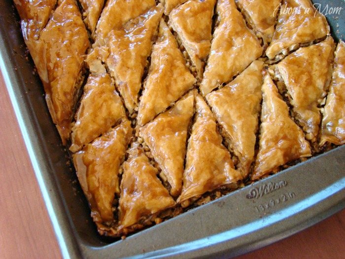 Baklava is such a wonderful, decadent dessert. This classic Greek Baklava recipe is finger licking good.