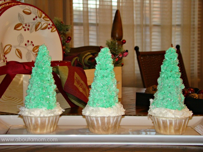 Christmas Tree Cupcakes made with Truvia Baking Blend #HealthierHolidays