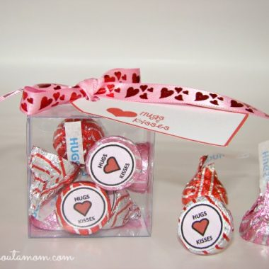Free Hugs and Kisses Valentine's Day Printables