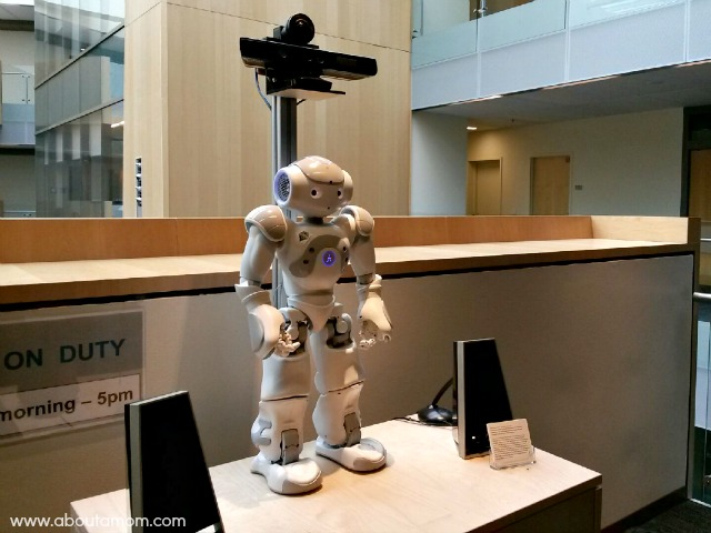 Microsoft Champions Summit - Directions Robot at Microsoft Research Center