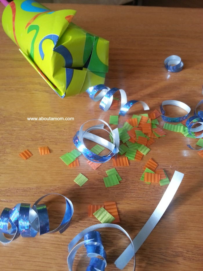 DIY Push Up Confetti Poppers Tutorial