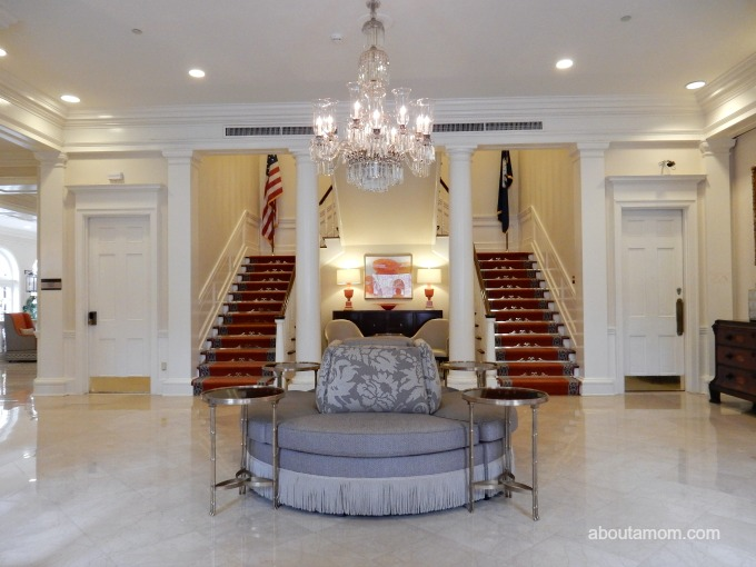 The Mills House is much more than a haunted Charleston hotel. Located in the center of downtown Charleston at 115 Meeting St, The Mills House, oozes old-school charm and luxury.