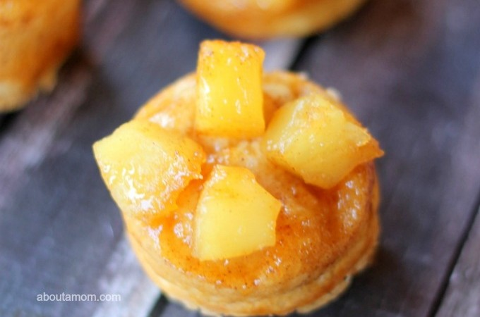 Sometimes you just need a simple, no-fuss dessert. This Mini Pineapple Upside-Down Cakes recipe can be prepared in as little as 15 minutes.