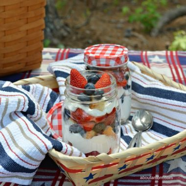 Summer is picnic season! Take the party outside and enjoy this picnic perfect Patriotic Berry Trifle. It's the perfect summer dessert.