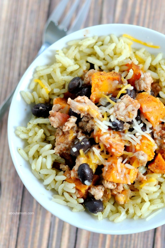 TA savory and hearty dinner served in a bowl – turkey and sweet potato burrito bowls. It's a mouth-watering meal with a bit of kick hanks to chipotle chili powder, cilantro, cumin and lime.