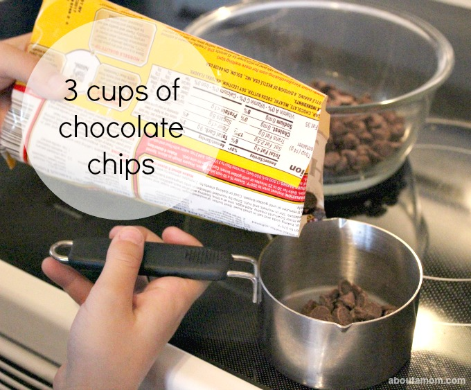 How to Make Fudge with Children. choc chips
