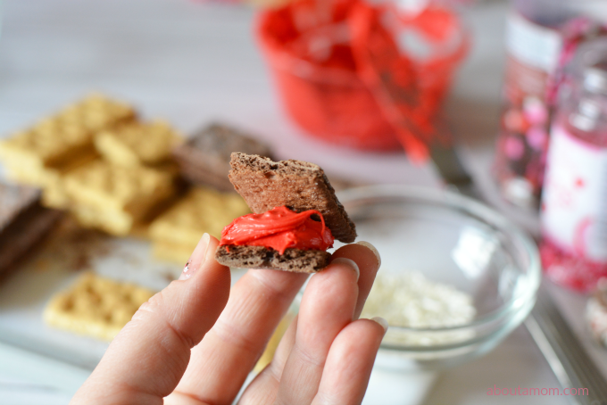 3-Ingredient No-Bake Valentine Treats