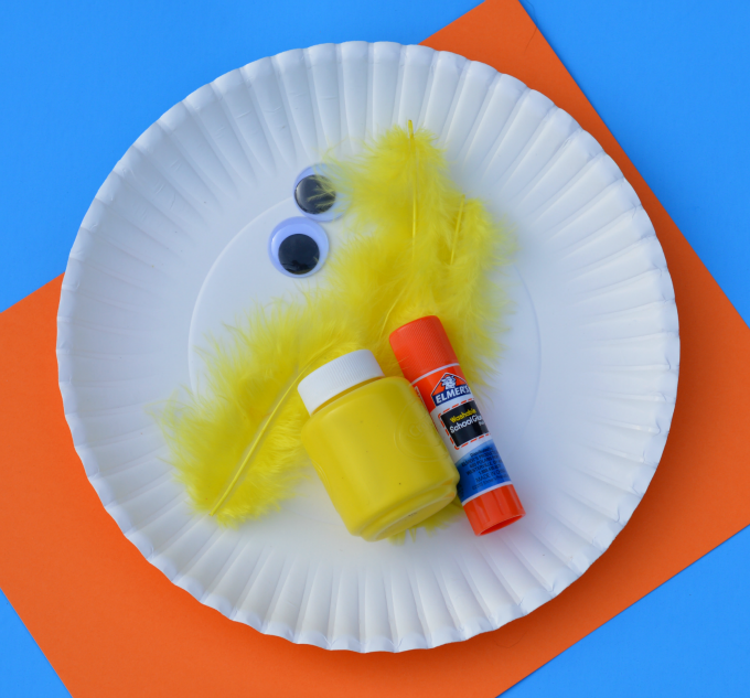 Easy paper plate chick craft