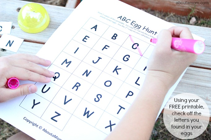 ABC Egg Hunt, check off letters
