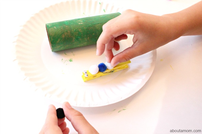 Easy Butterfly and Chrysalis Craft, decorate caterpillarTeach children about the life cycle of a butterfly with this fun and easy butterfly and chrysalis craft for kids.