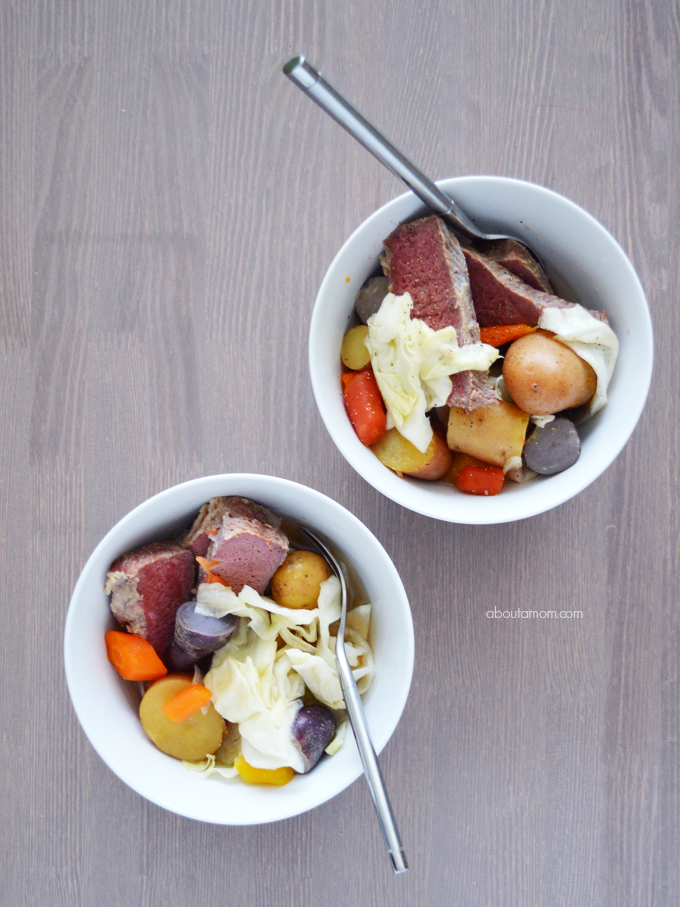 Easy Slow Cooker Corned Beef Recipe