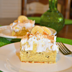 Take banana pudding up a notch with this delicious and simple-to-make banana pudding cake.