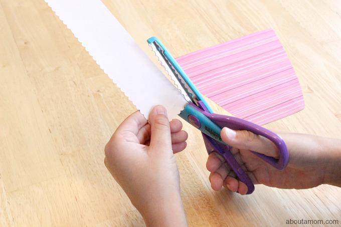 Hand Print Bouquet Mother's Day Card, edger scissors