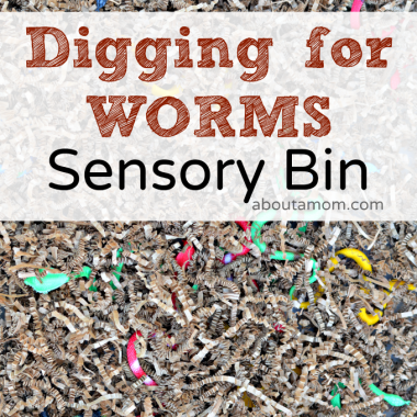 Kids will love digging for worms in this worm filled sensory bin. This sensory bin works on fine motor and transfer skills.