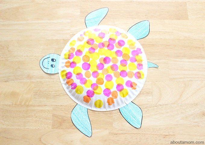 Dot-Art Paper Plate Turtle FREE Printable, final