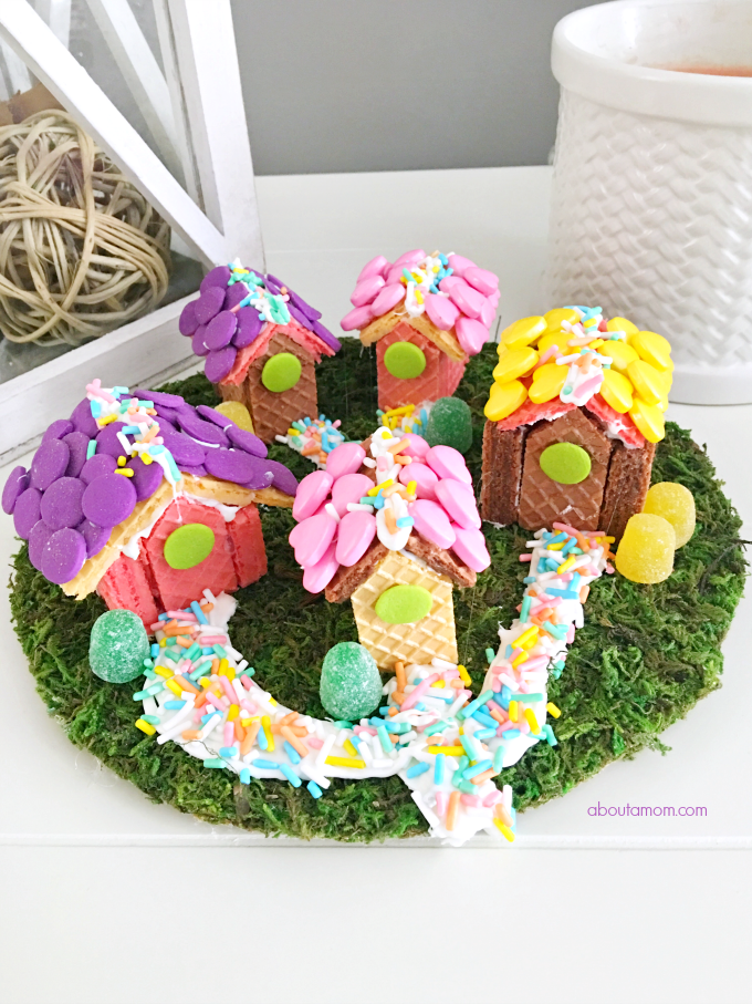Here's a fun edible food craft to do with the kids. A sweet and whimsical wafer cookie village, inspired by Voortman Wafer cookies. Perfect for your fairy friends.