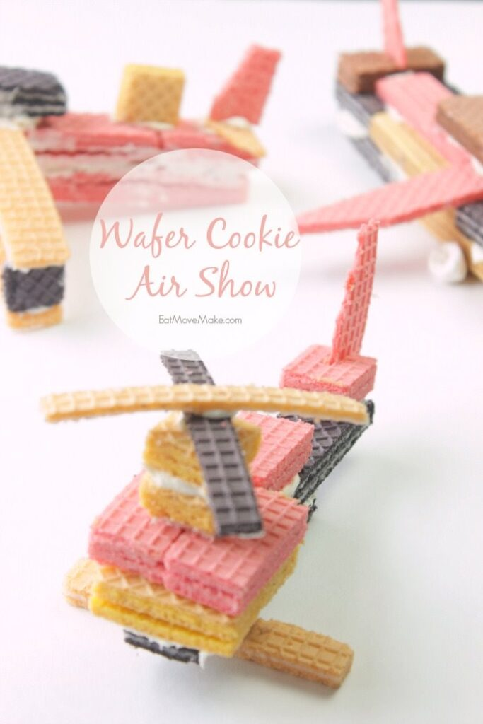 Wafer-cookie-helicopter-and-airplanes-wafer-cookie-air-show