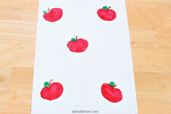DIY Apple Stamp Craft for Kids, final