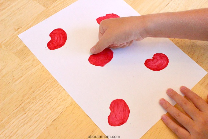 DIY Apple Stamp Craft for Kids, thumb print