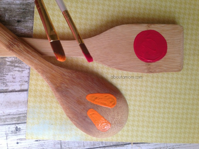 Garden Markers, made with wooden spoons