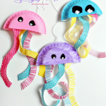 Paper Plate Jellyfish Craft | Summer Fun Series