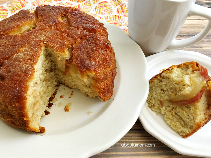 Pineapple Upside-Down Cake has met its match! This Apple Upside Down Cake captures the flavors of fall, and couldn't be any simpler to make.