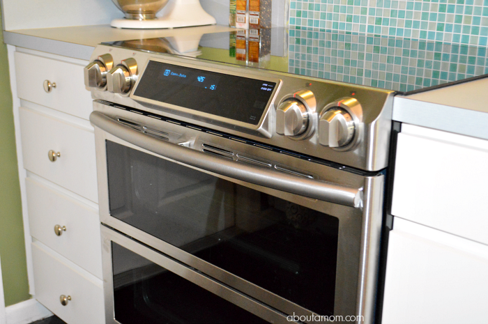Samsung Flex Duo™ Slide-In Electric Range with Dual Door and WiFi Connectivity