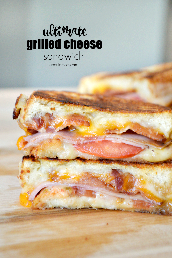 Craving a little comfort food? Try this recipe for the Ultimate Grilled Cheese Sandwich, made with Sargento® 100% real, natural sliced cheese.