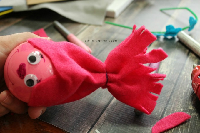 Make your own Poppy Troll ornament this Christmas