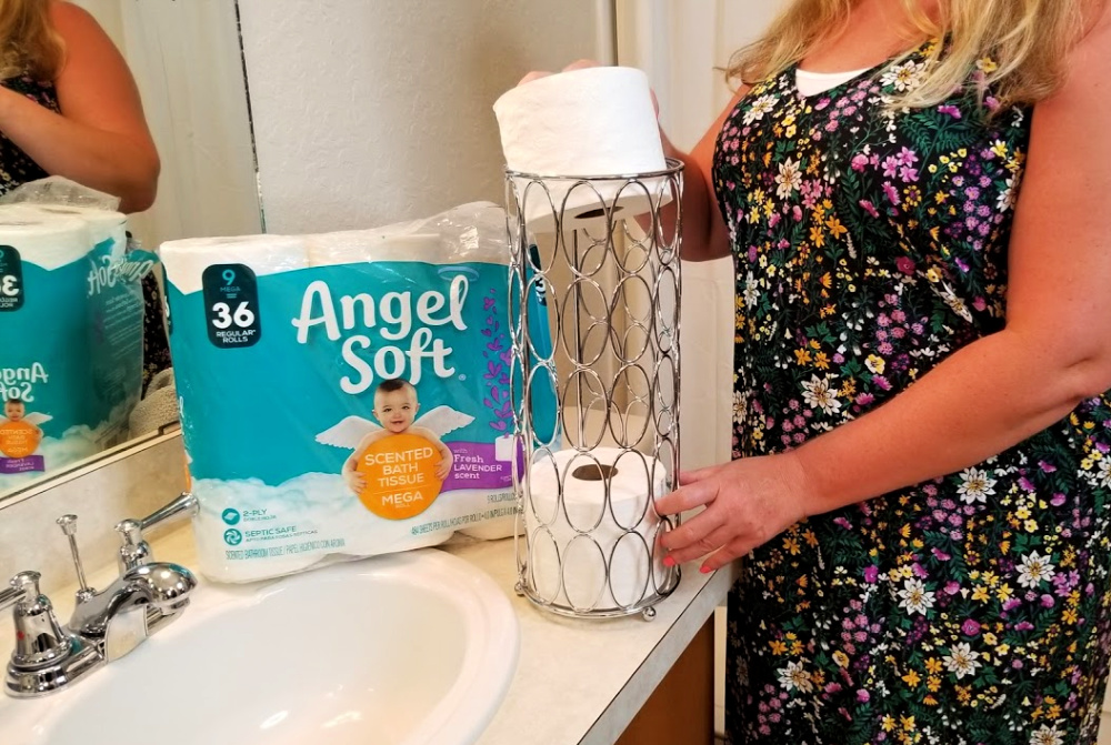 I am all about saving money however I can. Today, I have a new bathroom hack to share with you. And, if you like the scent of lavender as much as me you're going to especially love this money-saving bathroom hack. Ditch the spray and switch to Angel Soft® with Fresh Lavender Scent. The scented tube will leave your bathroom smelling great.