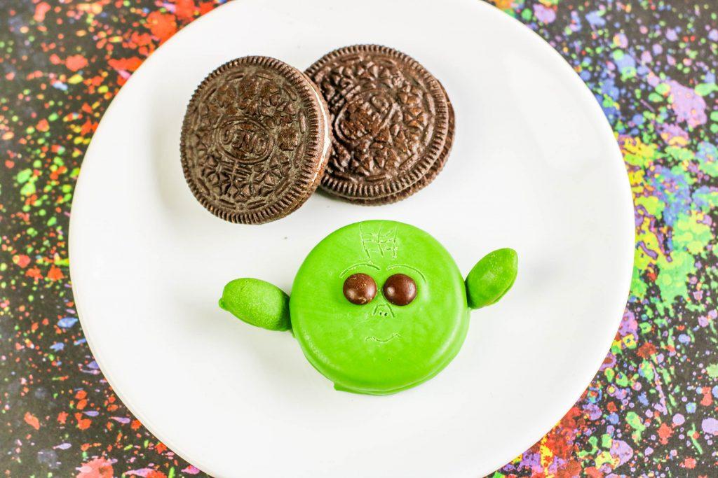 Baby Yoda OREO cookies on plate