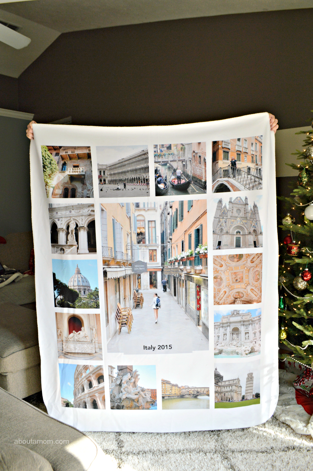 Stay cozy and warm when you create a personalized photo blanket from Collage.com. Photo blankets make great gifts for friends and family.