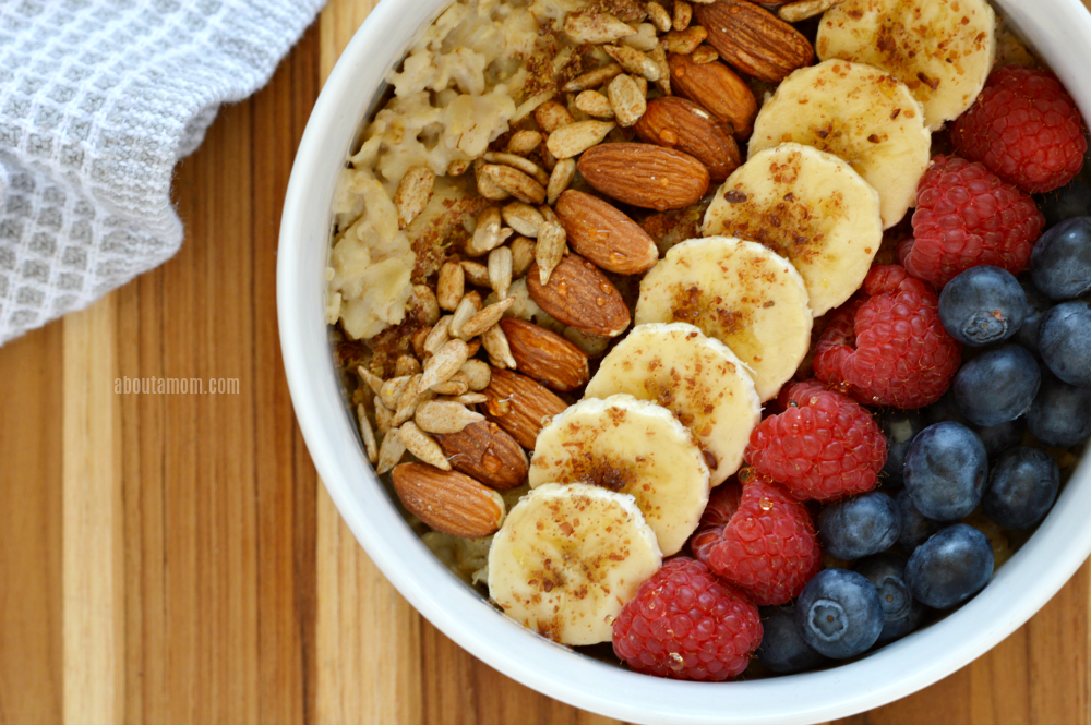 The star of this fruit and nut oatmeal bowl is oats which contains important vitamins, minerals, fiber. Power it up with a variety of toppings, including: banana, blueberries, raspberries, almonds, sunflower seeds, cinnamon, flaxseed, and honey. Eating a healthy breakfast is such a fantastic way to live a better, and healthier life.