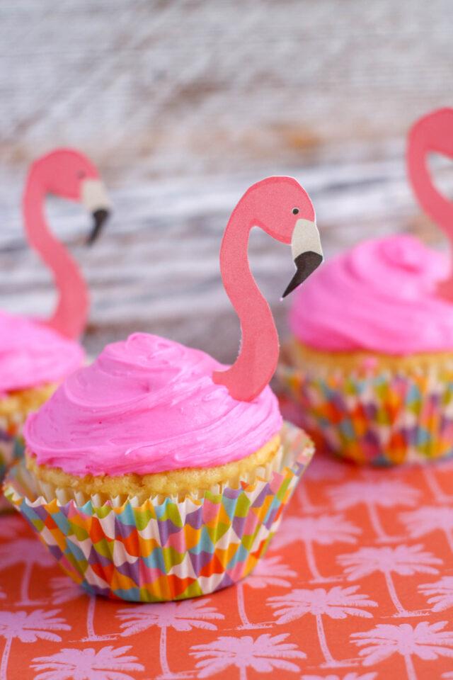Flamingo Cupcakes with Printable