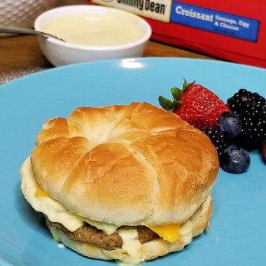 Need back to school breakfast inspiration? Behind every student's success and accomplishment is a full tummy and now is a terrific time to stock up on your favorite Tyson back-to-school foods at Publix. Make this Jimmy Dean® Sausage Egg & Cheese Croissant Sandwich with Maple Dijon Mayo. It's a delicious and quick breakfast for busy school days.