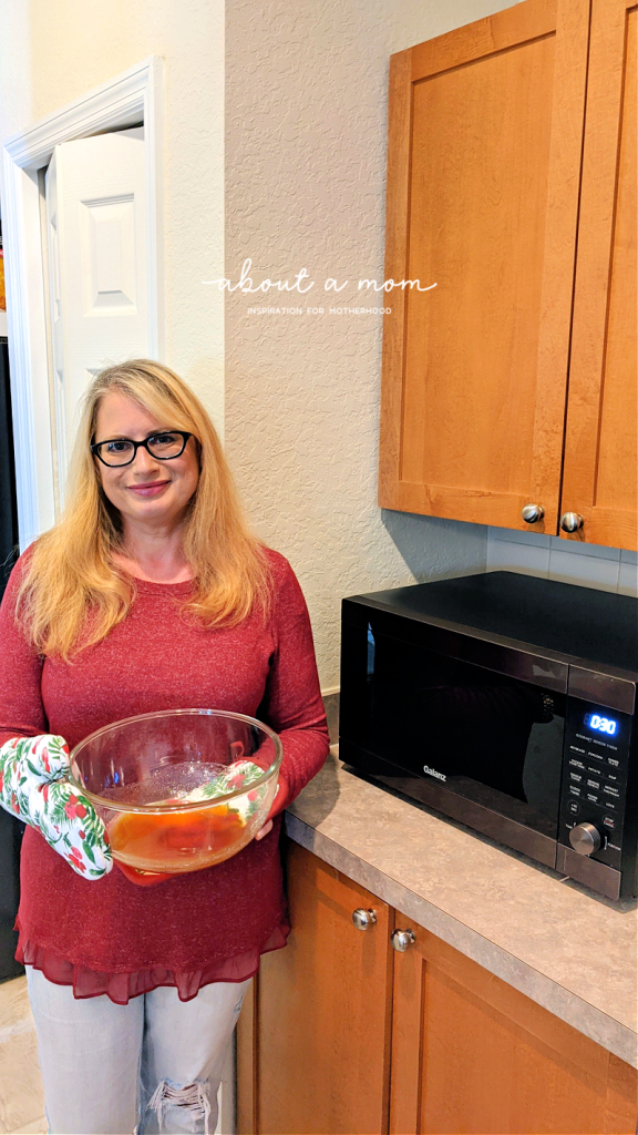 10 Minute Microwave Peanut Brittle is buttery and crunchy, and the perfect balance of sweet and salty. This rich, golden brown peanut brittle is delicious and comes together so easily in the microwave. It is a great candy to make for the holidays and ideal for homemade gift giving.
