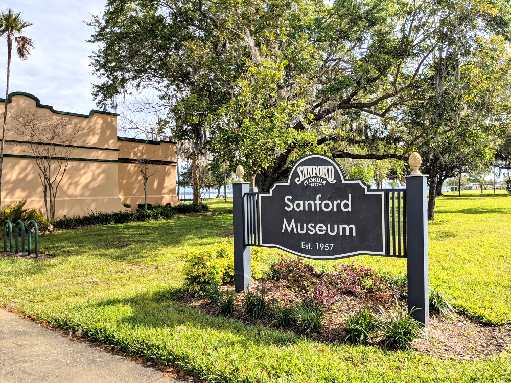 If you are planning a Florida vacation or weekend getaway, you should definitely consider Orlando North, Seminole County. It is a great alternative or add-on to Central Florida theme parks and beaches.